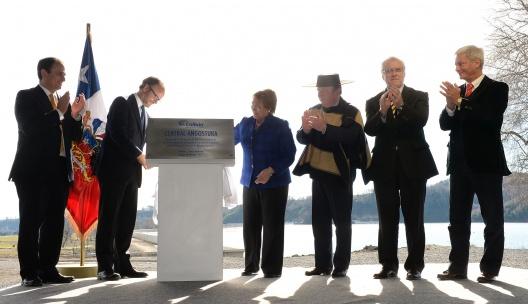 """Presidenta Bachelet: """"la clave es que nuestra matriz energética sea más diversa, más equilibrada y más sustentable""""."""
