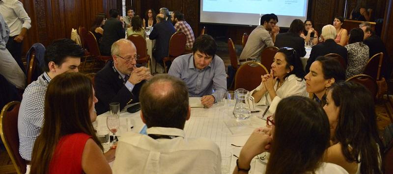 Grupo Construcción de Escenarios identifica factores críticos para la sustentabilidad del agua en Chile