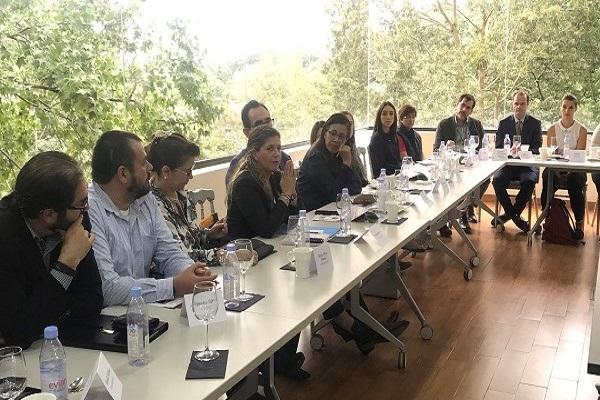 Comparten experiencias sobre el rol de la empresa en promoción de comunidades sostenibles
