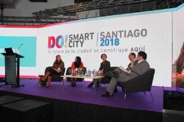 DO! Smart City Santiago 2018 destaca necesidad de mayor coordinación entre actores de las ciudades inteligentes
