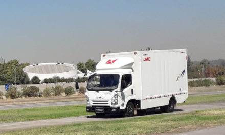 JMC presentó en Chile camión eléctrico de reparto urbano