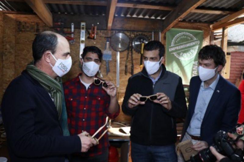 Cyber FOSIS, la vitrina digital que reúne a más de 450 emprendedores de todo Chile